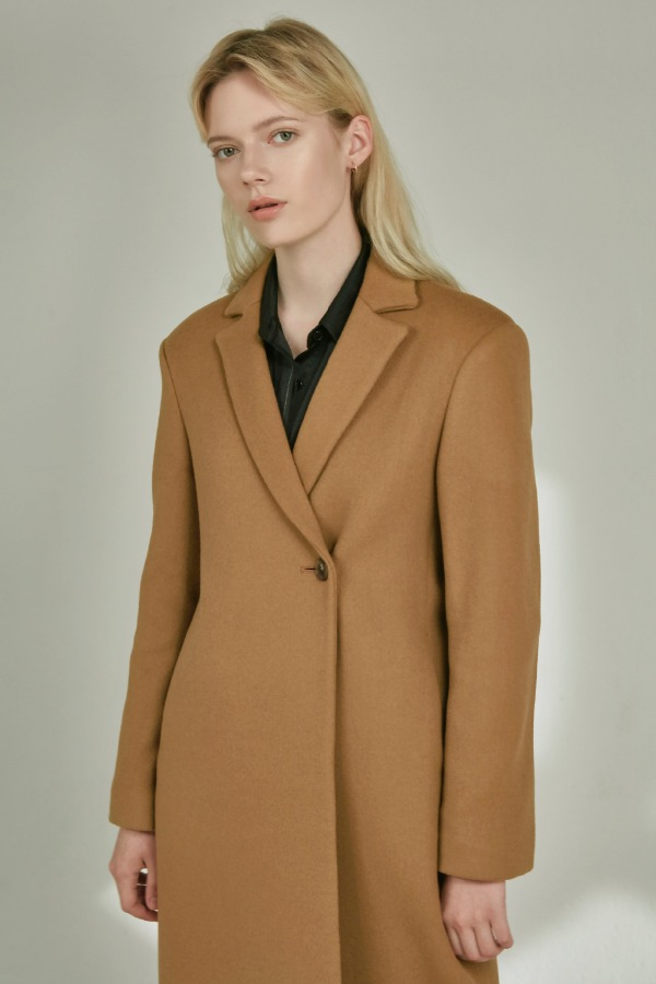 SINGLE ONE BUTTON COAT :CAMEL