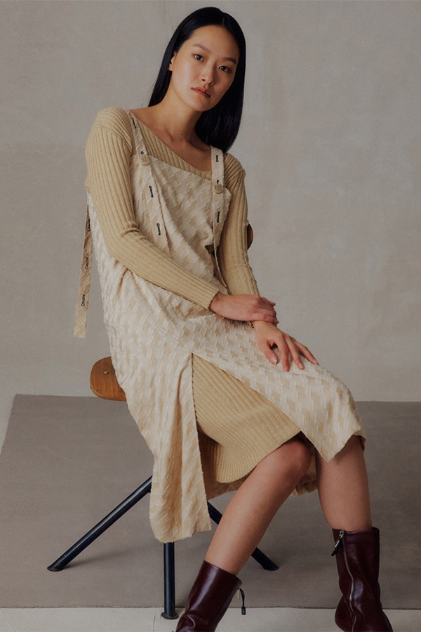 BUTTON ONE-PIECE_BEIGE