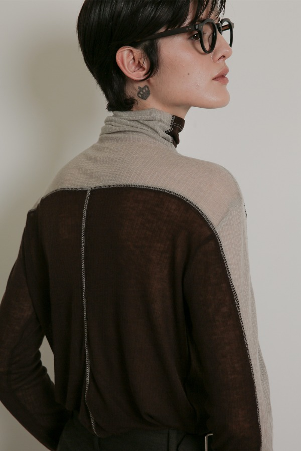 TWO-TONE OVERSIZED TURTLE NECK_BROWN