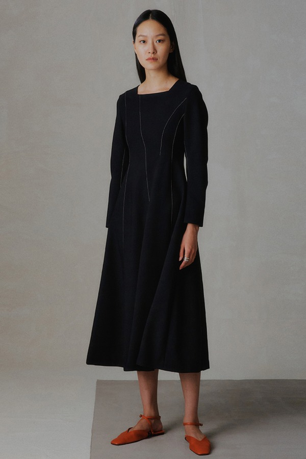VOLUME STITCH ONE-PIECE_BLACK