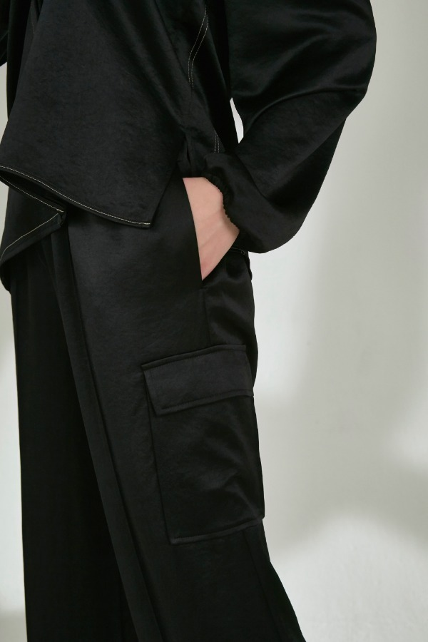 SATIN PANTS :BLACK