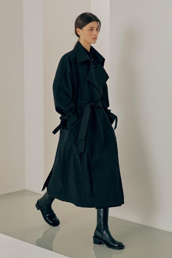 CRINKLE OVERSIZE TRENCH COAT_BLACK